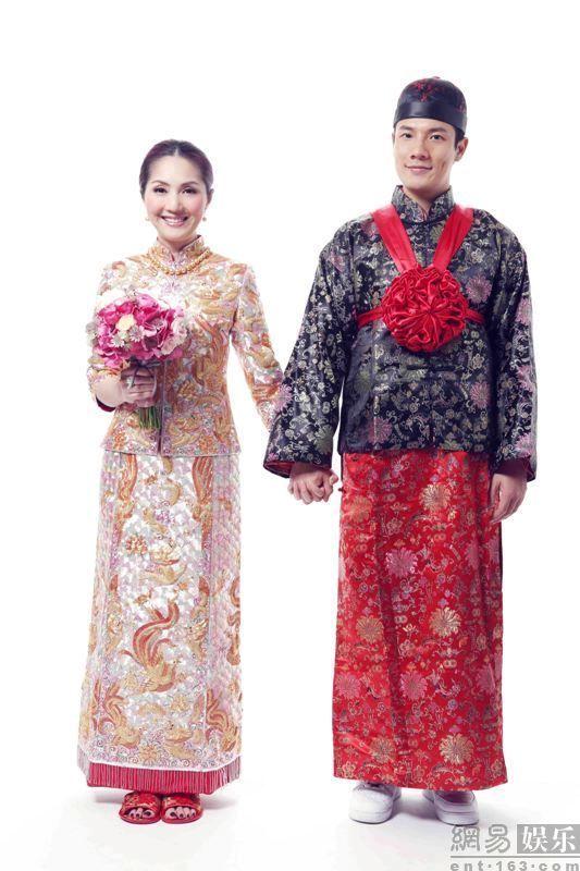 杨千三藏高大摆婚礼丁子将花费7位数(图)冒火婚宴包表情图片