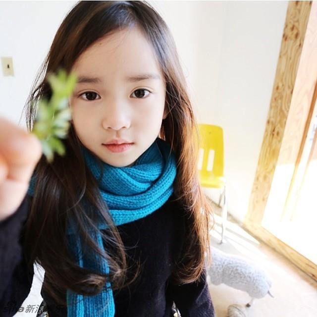 天生就是小美人!韩国粉嫩小萝莉走红 中国日