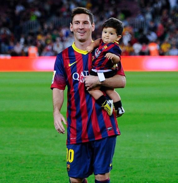 梅西/蒂亚戈·梅西是阿根廷著名足球明星里奥·梅西和女友安东内拉的儿子...