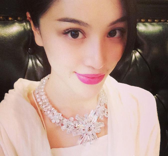 刘翔晒女友照片默认领证结婚 体育明星最爱找