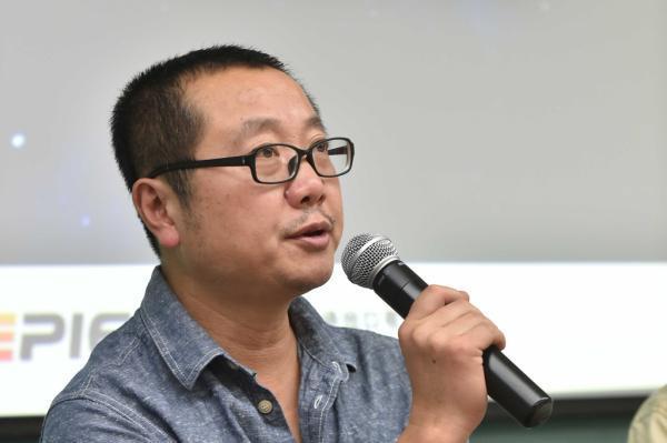 《扣儿条约客》:刘慈欣的小说书是对极限效实的哲学考虑