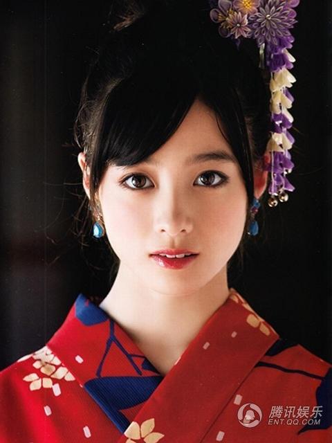 日本千年美女曝和服写真 15岁桥本环奈清纯动