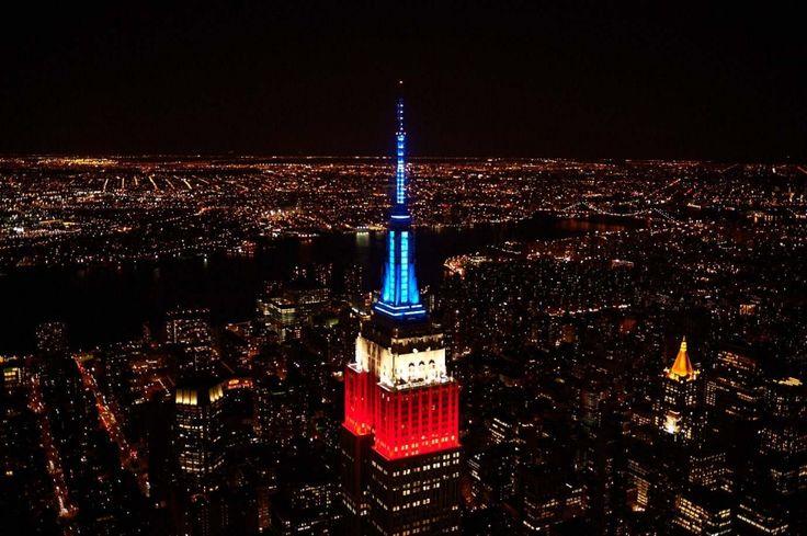 盘点纽约帝国大厦灯光秀特别造型