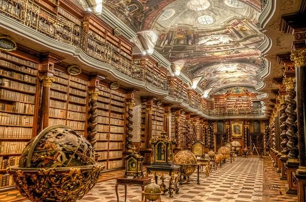 世界最美图书馆:布拉格一图书馆华美壮观