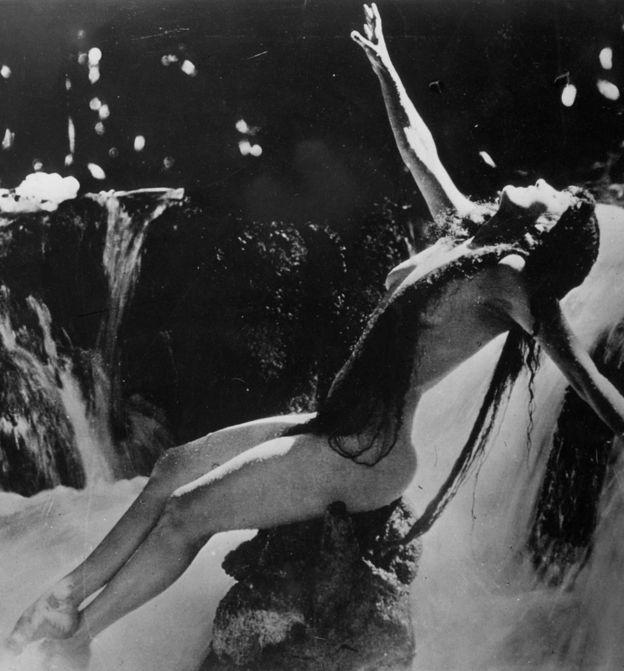 好莱坞第一位裸星:安妮特凯勒曼桃视频贩图片