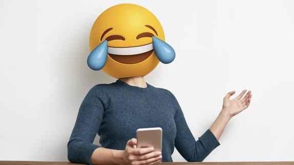 国外社交软件评出使用频率最高的Emoji表情 看