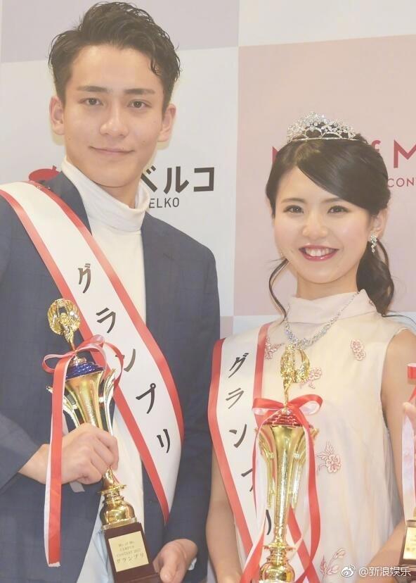 日本最美女大学生a美女最帅男美女生就有些奇裤毛大学不c字刮图片
