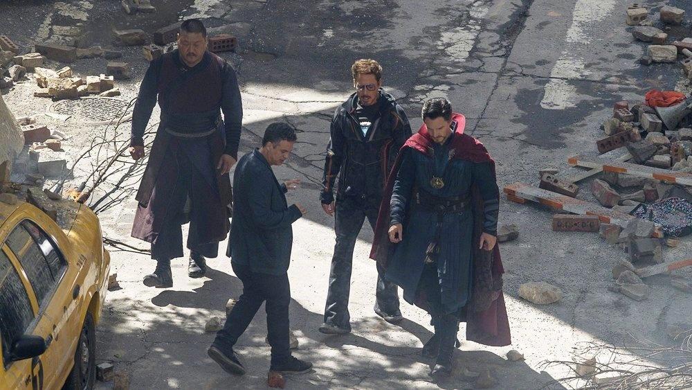 《复联3》片场照 钢铁侠奇异博士绿巨人齐现身