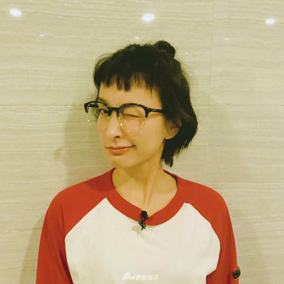 吴昕狗啃式发型搞怪9连拍短发满满可爱卖萌德强高中女生需要剪活力吗图片