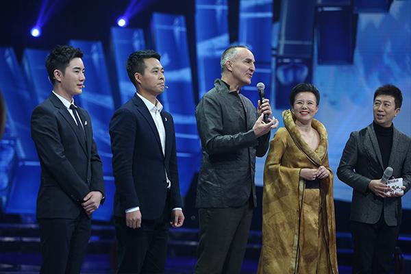 携新作助力《魅力中国城》赞全世界的猪头高人视频音乐