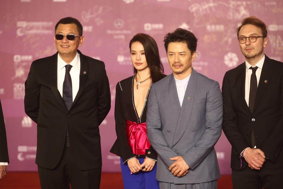 第八届北京国际电影节开幕 大咖云集星光熠熠