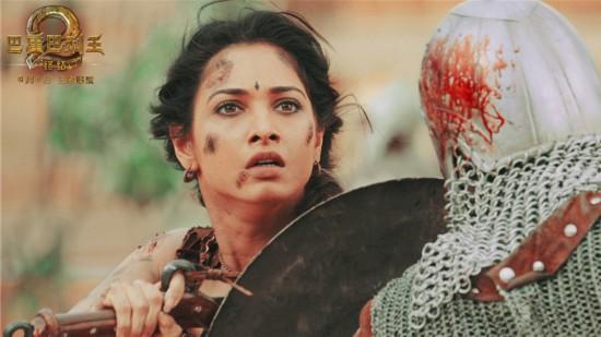 《巴霍巴利王2》突破印式现实主义
