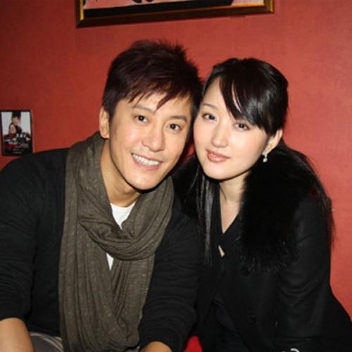 41岁杨钰莹素颜自拍嫩过90后 时尚中国