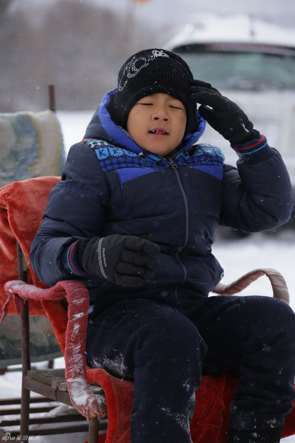 《爸爸》雪乡抢先看 萌娃玩雪脸蛋红扑扑[51]