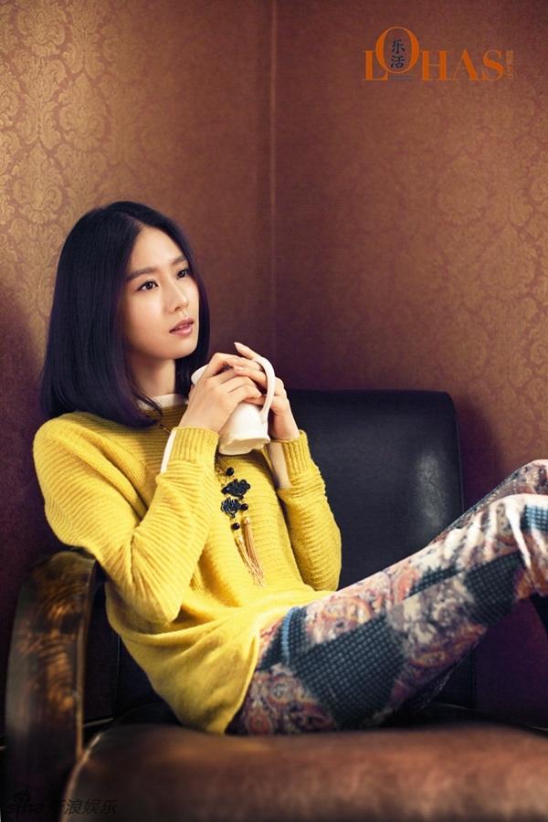刘诗诗温暖午后写真 淡然闲适美好 时尚中国