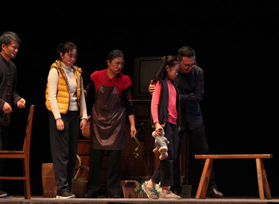 公益原创心理剧《小艺的故事》在京巡演